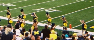 Female cheerleaders at the University of Michigan © D. Nystrom